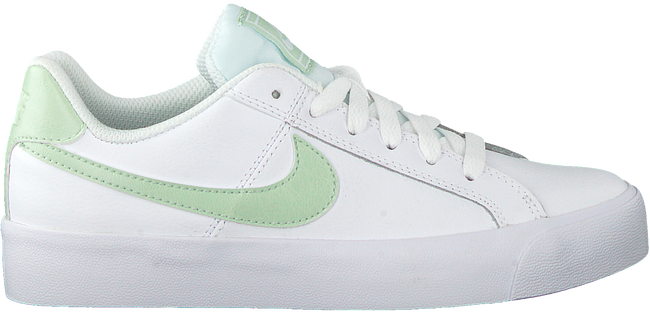 White NIKE Sneakers COURT ROYALE AC WMNS