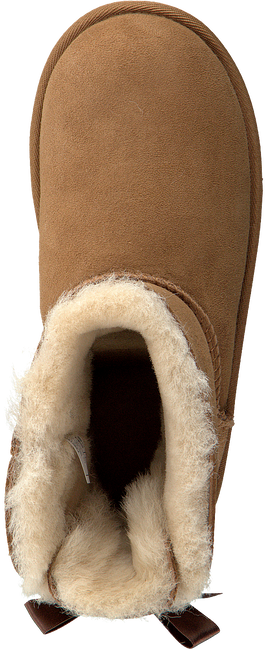 Cognac UGG Classic ankle boots MINI BAILEY BOW II KIDS - large