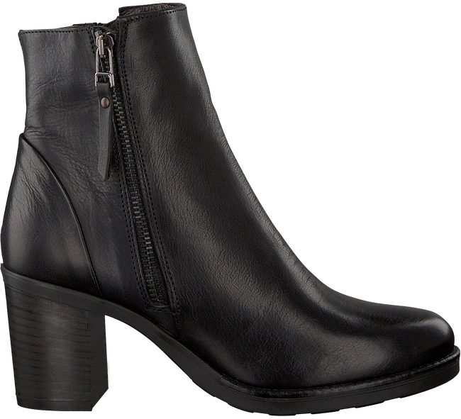 Black OMODA Booties 8698 - large