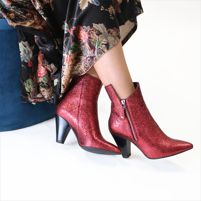 Red TORAL Booties 10922 - large