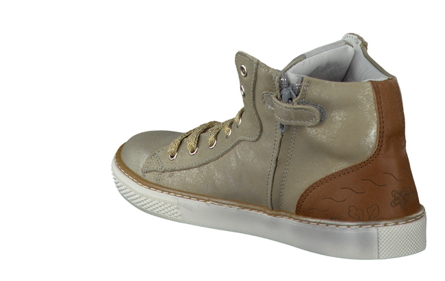 Gold OMODA Sneakers 9879 - large