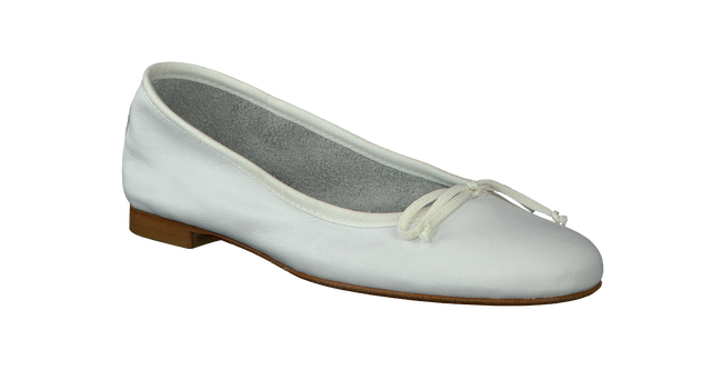 White FRED DE LA BRETONIERE Ballet pumps 101007D - large