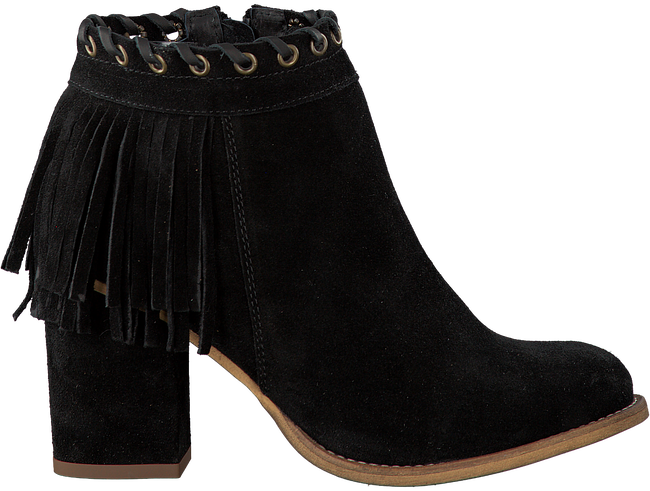Black OMODA Booties R12405 - large