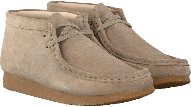 Beige CLARKS Lace-ups WALLABEE BOOT - large