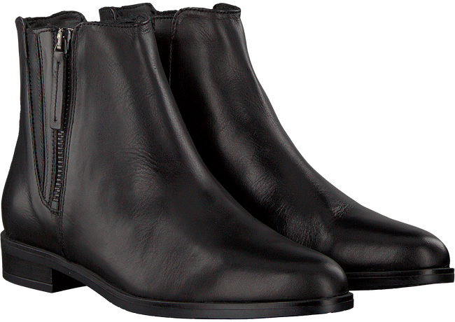Black OMODA Booties 052.333 - large