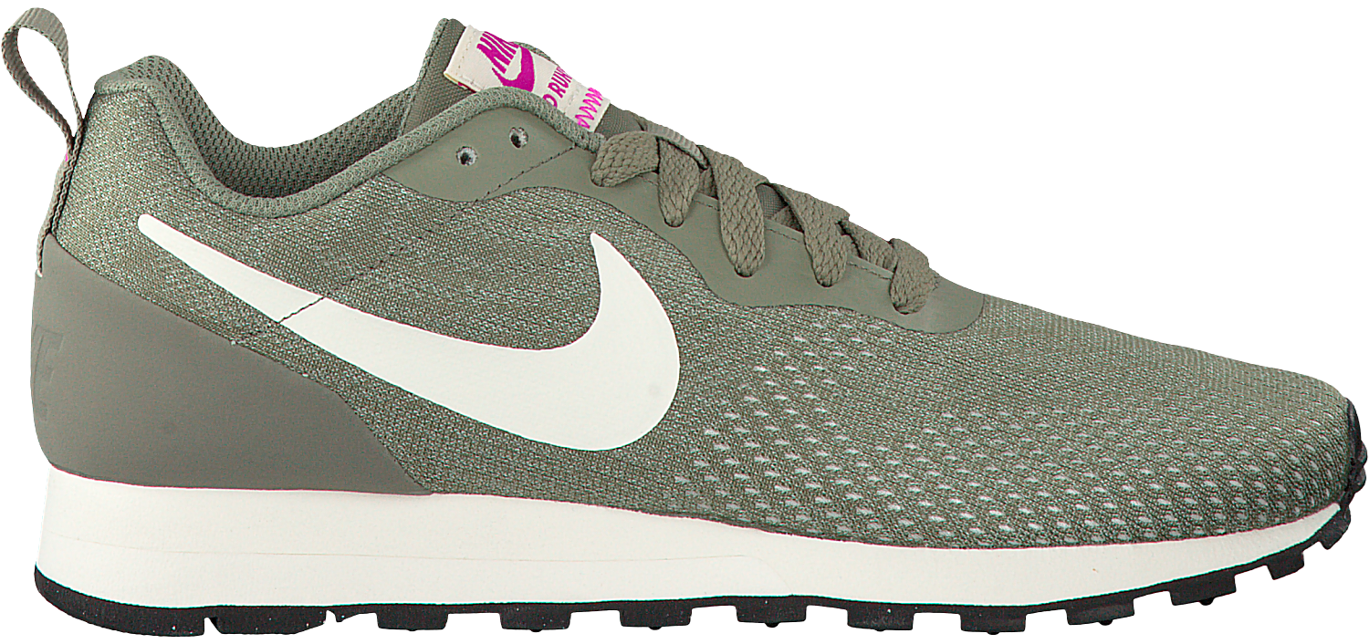 Green NIKE Sneakers MD RUNNER 2 ENG MESH WMNS - Omoda.com